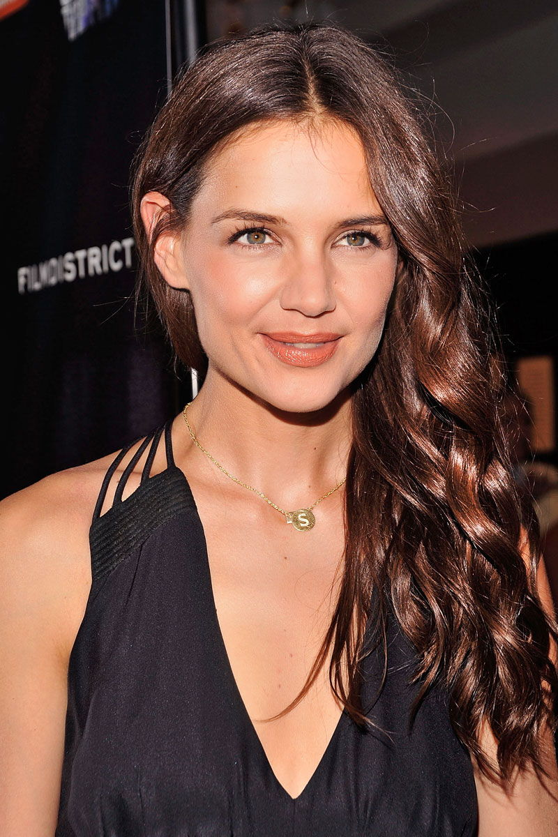 Katie Holmes Bra Size Age Weight Height Measurements